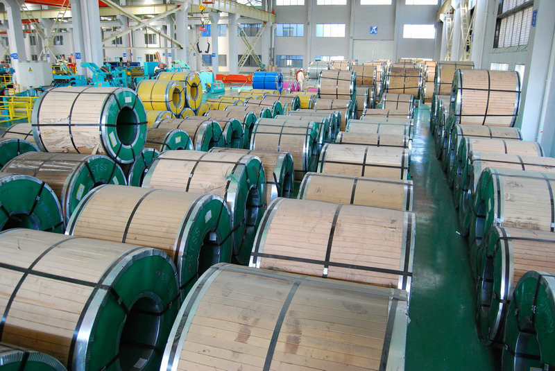 SUS 202 Cold Rolled Steel Coil / Rolled Stainless Steel JIS 8K For Foodstuff